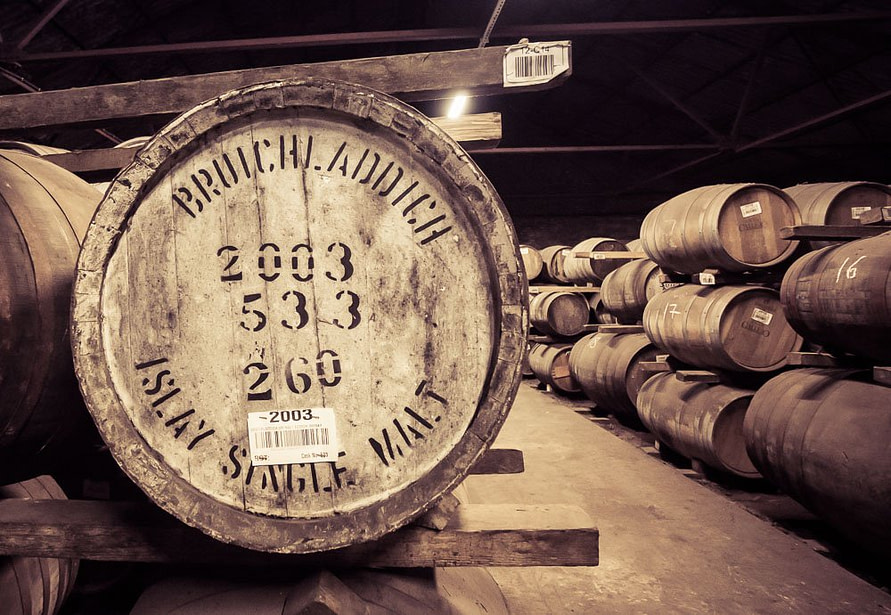 Bruichladdich 2003 Cask Islay Single Malt taken during Feis Ile 2017 in warehouse 12
