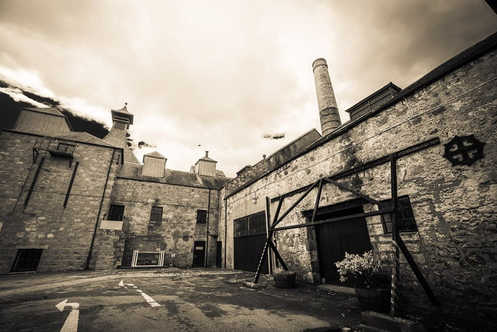 Black and white photo of Clynelish Brora still house and mill house